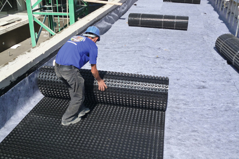 DELTA®-FLORAXX flat roof application