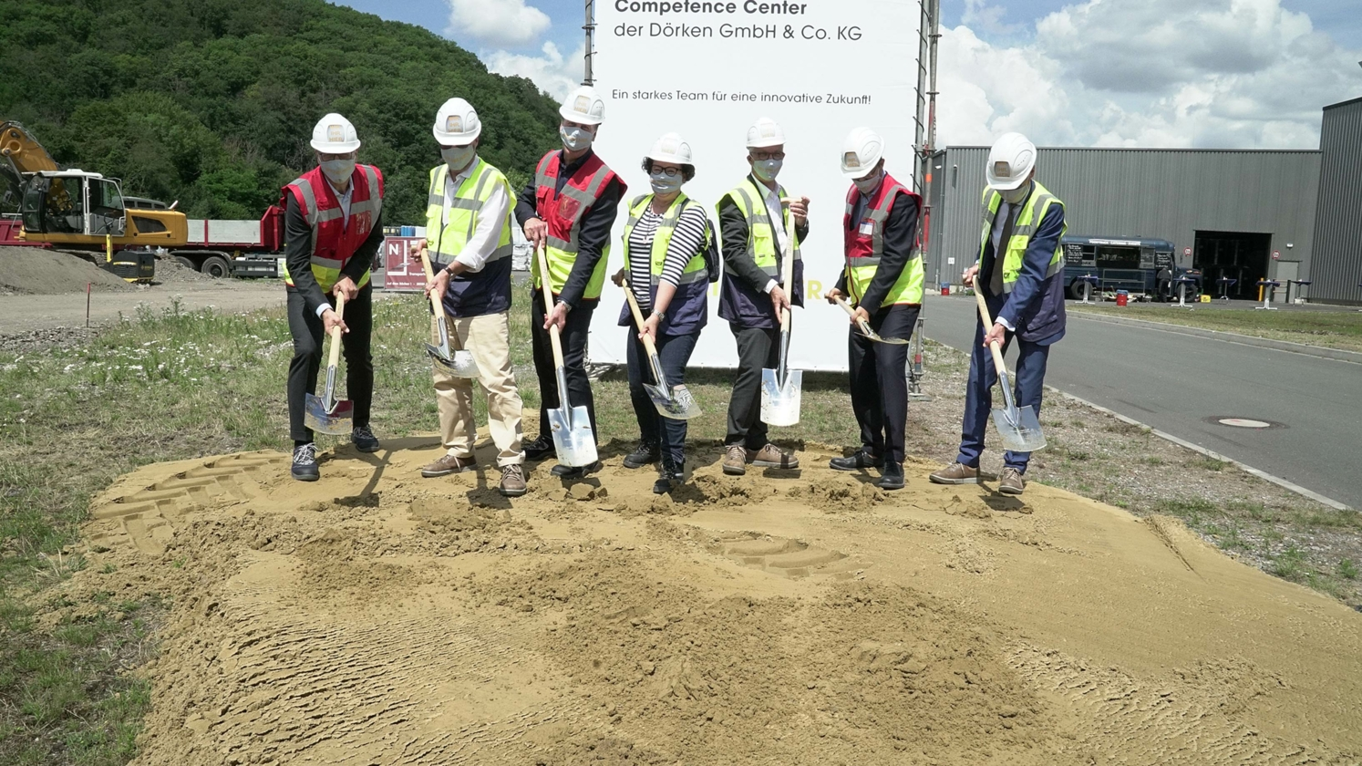 Groundbreaking ceremony for the extension of the DÖRKEN membranes production at the Hagen-Vorhalle location